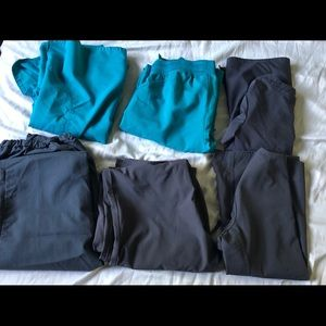 Other - Lot scrubs 3 sets al size small